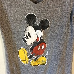 Disney Tops - The perfect Flowy Disney Mickey Mouse Tee